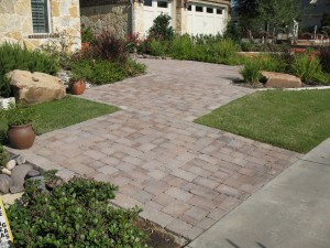 outdoorpaverdesigns_front_walkway