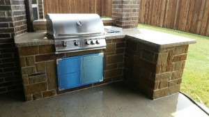 outdoorpaverdesigns_outdoor_grill_with_counter
